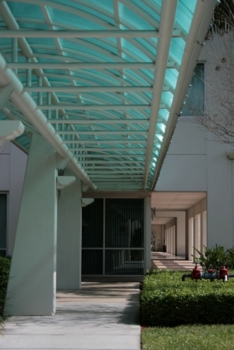 Image of covered walkway (iStock photo)