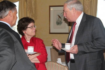 Acting Deputy Secretary Rebecca Blank Conversing with Members of the American Chamber of Commerce in Canada