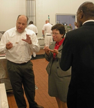Acting Secretary Rebecca Blank enjoys Graeter's Ice Cream while on a tour with CEO Rich Graeter. Also enjoying the ice cream is Cincinnati Mayor Mark Mallory.