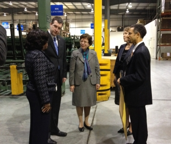 Photo: Veronica Artis, Executive Vice President, Genesee Packaging; Flint Mayor Dayne Walling; Dr. Blank; Jane Worthing, Chief Operating Officer, Genesee Packaging, Terence Broussard, Operations/Sales Manager, Genesee Packaging