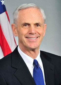 Official portrait of Secretary Bryson