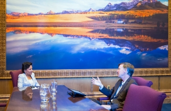 Secretary Penny Pritzker Speaks with Colorado Governor John Hickenlooper