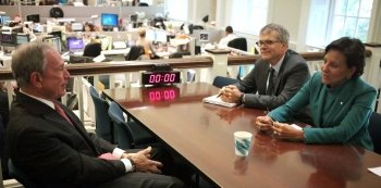 Secretary Pritzker and her Chief of Staff, Bruce Andrews, Meet with Mayor Bloomberg in his City Hall Office