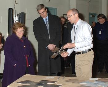 U.S. Senator Barbara Mikulski and NIST Director Patrick Gallagher hear a presentation from NIST researcher Mark Iadicola as part of tour of the NIST Center for Automotive Lightweighting.
