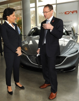 Secretary Pritzker and John Ballato, Clemson University vice president for economic development, toured the Clemson University-International Center for Automotive Research (CU-ICAR)