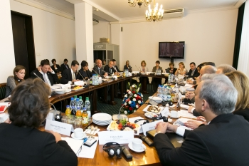 U.S. Commerce Secretary Prizker Co-Chairs Economic and Commercial Dialogue with Poland's Deputy Prime Minister Piechocinski