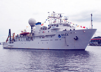 NOAA Ship & National Aquarium Co-Host Star-Spangled Events & Tours