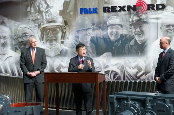 Secretary Gary Locke Addresses Rexnord Industries