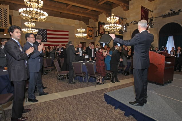 Bryson welcomes audience, media to Chamber remarks (photo: U.S. Chamber of Commerce)