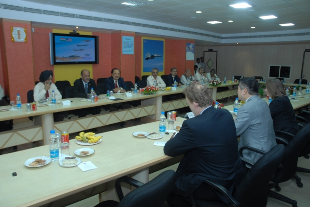 Secretary Locke Holds a Meeting with Executives of Hindustan Aeronautics Limited
