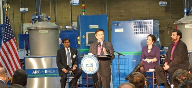 Secretary Locke Addresses the Audience at Arc Energy