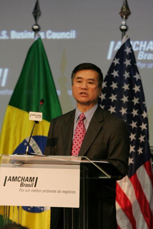 Secretary of Commerce, Gary Locke, Addresses the American Chamber of Commerce in Brazil