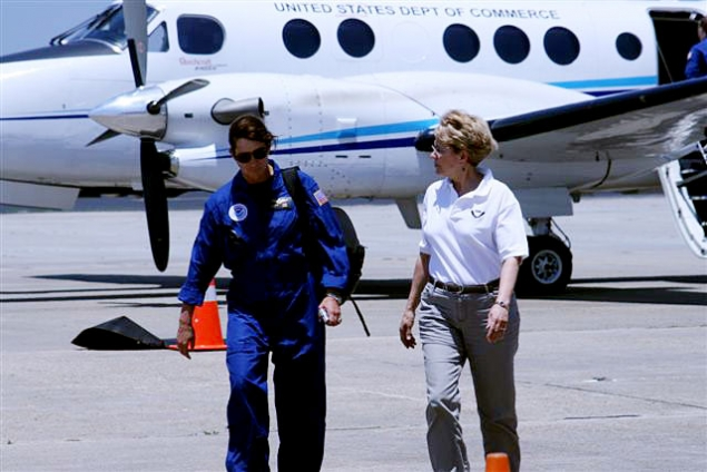 Dr. Lubchenco On the Tarmac After a Flyover of the Deepwater Horizon Spill