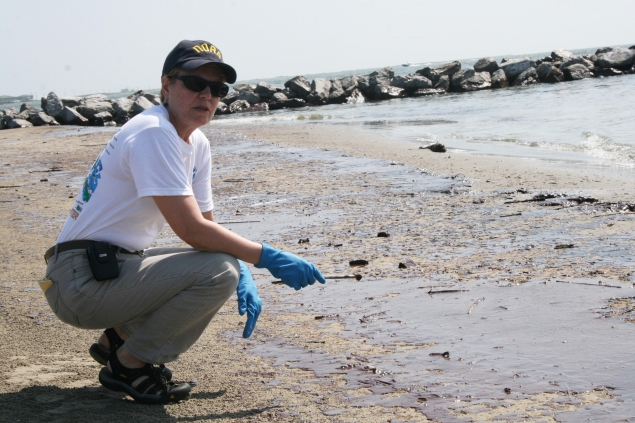 Dr. Lubchenco Joined a NOAA Shoreline Clean-up and Assessment Team (SCAT) in Grand Isle, Louisiana.