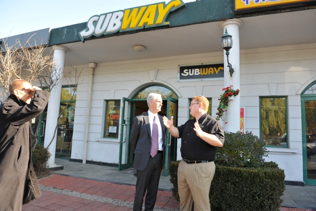 Secretary Bryson tours a Subway franchise in Beijing.