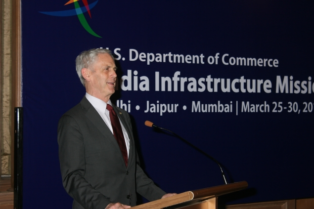Secretary Bryson addressing a luncheon about the valuable experience American companies bring to Indian infrastructure projects.