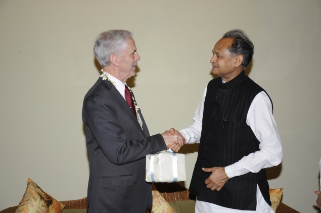 Secretary Bryson meets with Rajasthan Chief Minister Ashok Gehlot