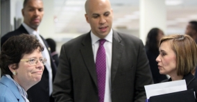 Acting Secretary Blank, Mayor Booker and Director Nelida Valentin at One-Stop Center, Newark (Photo: office of Mayor Booker