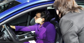 Secretary Pritzker Visits Detroit Auto Show and Sees Resilience at its Finest