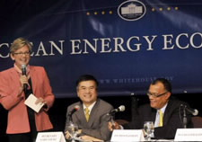 Locke and participants at clean energy forum. Click for larger image.