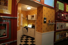 Image of walk-in kitchen from 1950s