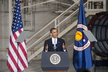 Obama at NASA giving remarks; NASA photo